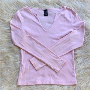GAP long sleeve pink V-neck T-shirt